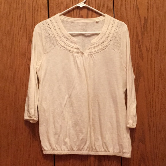 Tops - Soft white top 3/4 sleeves
